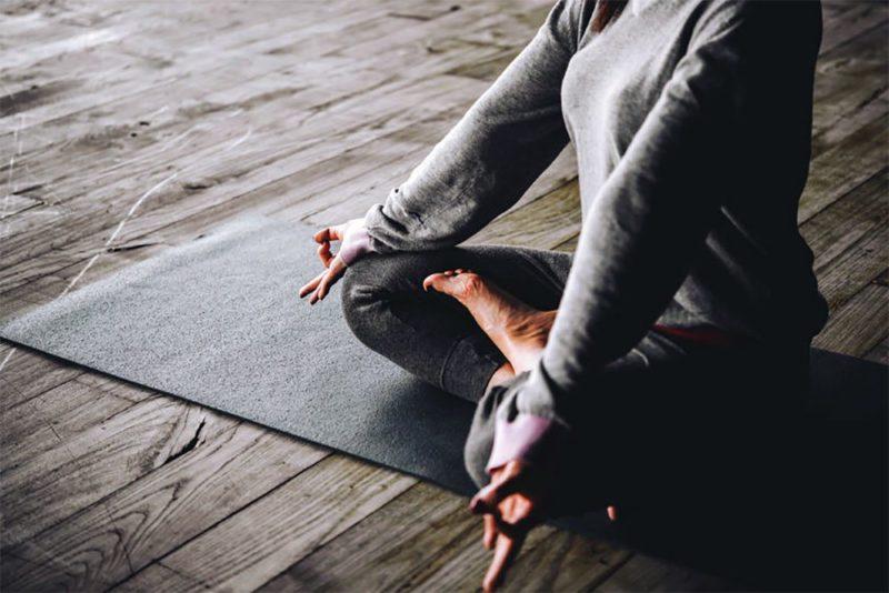 Yoga-estilo-de-vida-sano-y-natural