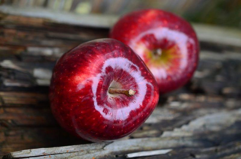 Propiedades y beneficios de comer una manzana diaria