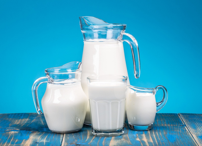peligros-de-la-leche-de-vaca