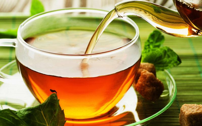 Acelera el metabolismo de manera rápida y efectiva con té verde y flor de cayena